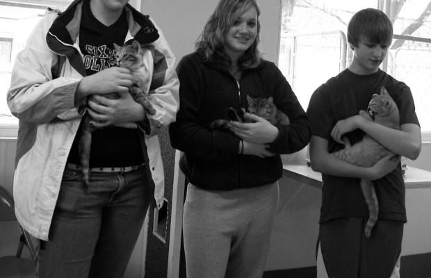 humane society volunteers